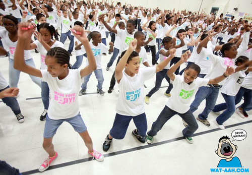 Oak Grove Elementary School in Durham, NC celebrates WAT-AAH!'s Move Your Body 2012 in support of First Lady Michelle Obama's Let's Move! initiative to combat childhood obesity.(PRNewsFoto/WAT-AAH!)