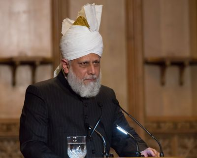 His Holiness Hazrat Mirza Masroor Ahmad (the Khalifa of Islam) (PRNewsFoto/AHMADIYYA MUSLIM ASSOCIATION)