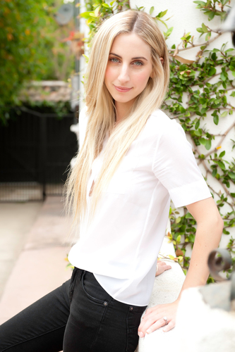 Mara Roszak Introduced As New Celebrity Hair Stylist for L'Oreal Paris.  (PRNewsFoto/L'Oreal Paris)