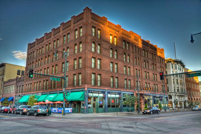 The Oxford Hotel in the Lodo District of Denver, Colorado.  (PRNewsFoto/Denver's Oxford Hotel)