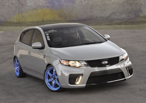 Hockey inspired Kia Forte 5-door to make debut at SEMA.  (PRNewsFoto/Kia Motors America)
