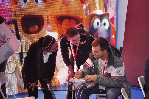 Buyers and Products at LED CHINA 2014 (PRNewsFoto/UBM Trust)