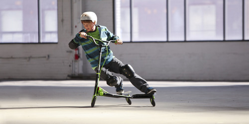 Y Fliker C3 Carver performance scooter featuring patented FLEX technology by Yvolution. Kids looking for a more  ...