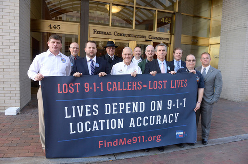 Leaders of Law Enforcement, Public Safety, And Emergency Response Orgs Unveil Banner Urging FCC To Address Wireless 9-1-1 Crisis.  (PRNewsFoto/Find Me 911 Coalition)