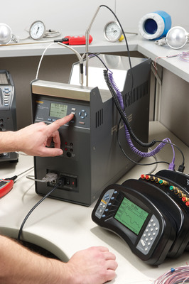 The Fluke Calibration 9190A is ideal for pharmaceutical, biomedical and food processing applications that demand strict quality control and regulatory process compliance, including on-location validation and calibration of RTDs, thermocouples, thermometers, and other temperature sensors.  (PRNewsFoto/Fluke Calibration)