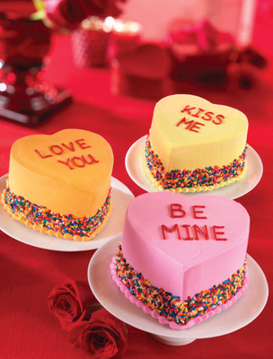 Fall In Love With Baskin-Robbins' New Conversation Heart Cakes And Bundle Of Love Flavor Of The Month This Valentine's Day.  (PRNewsFoto/Baskin-Robbins)