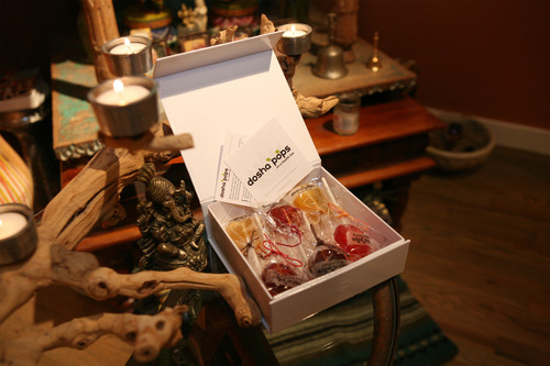 The Dosha Pops GRAMMY Gift Box. (PRNewsFoto/Dosha Pops) (PRNewsFoto/DOSHA POPS)