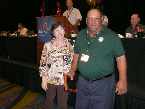 The 60th Annual ARC of Florida Convention Presents Awards to David Torres and Lee Pouncy of Victory