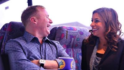Former Coronation Street favourites Shobna Gulati and Steven Arnold singing in GalaBingo.com's new Ad. (PRNewsFoto/Gala Interactive)
