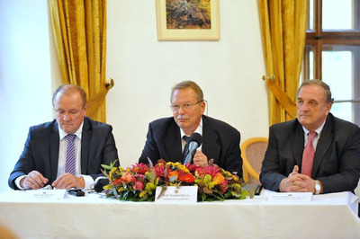 Co-Chairmen of the Awarding Ceremony of Golden Biatec 2013: Mihok Peter, the chair of the World Chambers Federation (right), Peter Kasalovsky, the chairman of the Informal Economic Forum Economic Club Association, 1993 - 2013 (centre), Jan Gabriel, the chair of the committee of the IEF EC (left). (PRNewsFoto/Dr. Rongxiang Xu) (PRNewsFoto/DR. RONGXIANG XU)