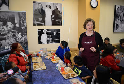 Senator Dianne Feinstein Serves St. Anthony Foundation's Historic 40 Millionth Meal.  (PRNewsFoto/St. Anthony Foundation)