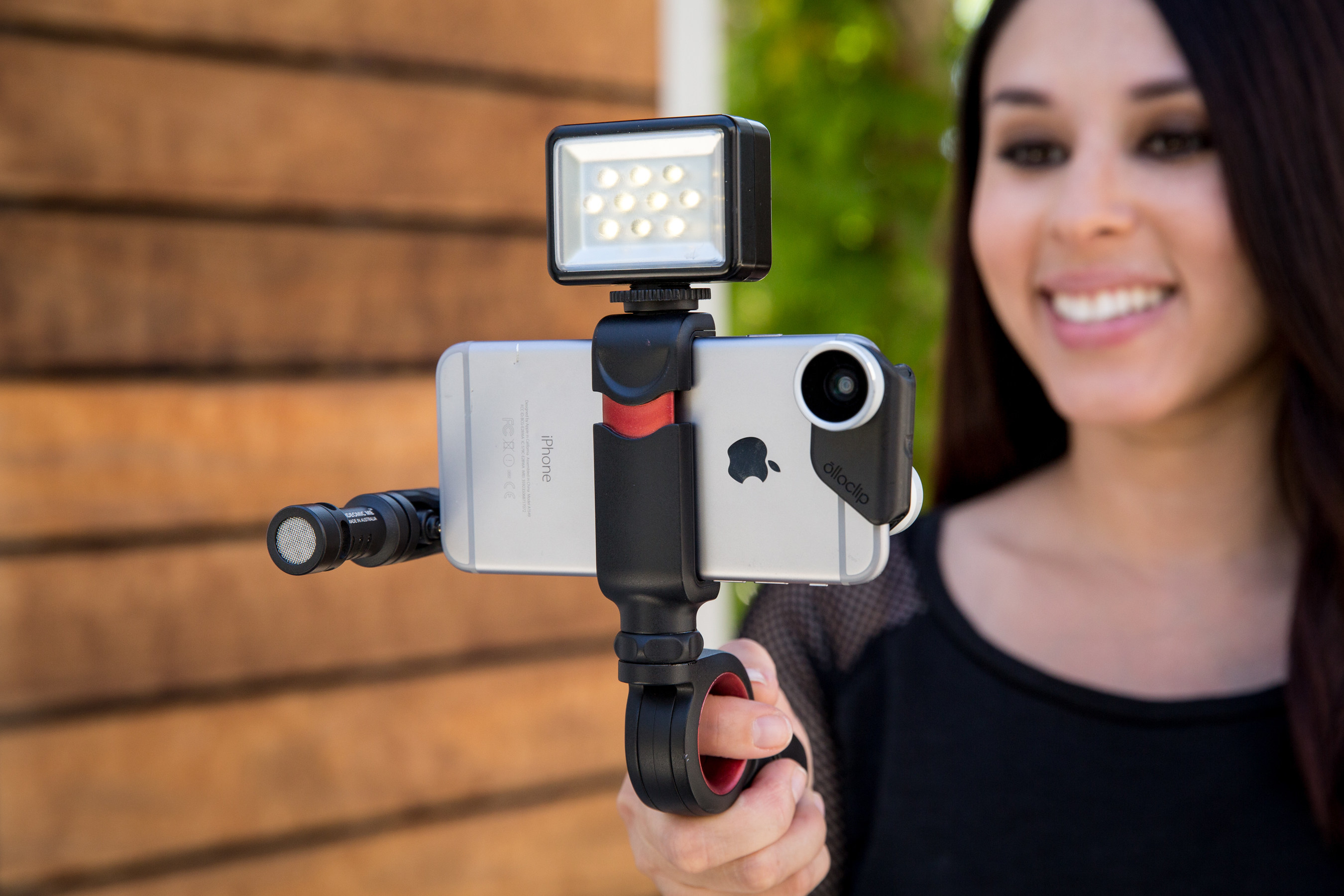 Olloclip Announces Its All New Pivot A Compact Articulating Grip Optimized For Mobile Videography