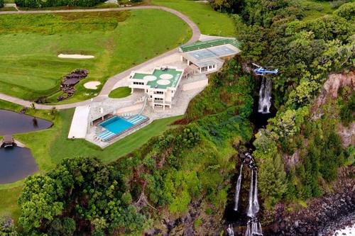 Auction March 22nd Hawaii Ocean Estate ConciergeAuctions.com. (PRNewsFoto/Concierge Auctions) ...
