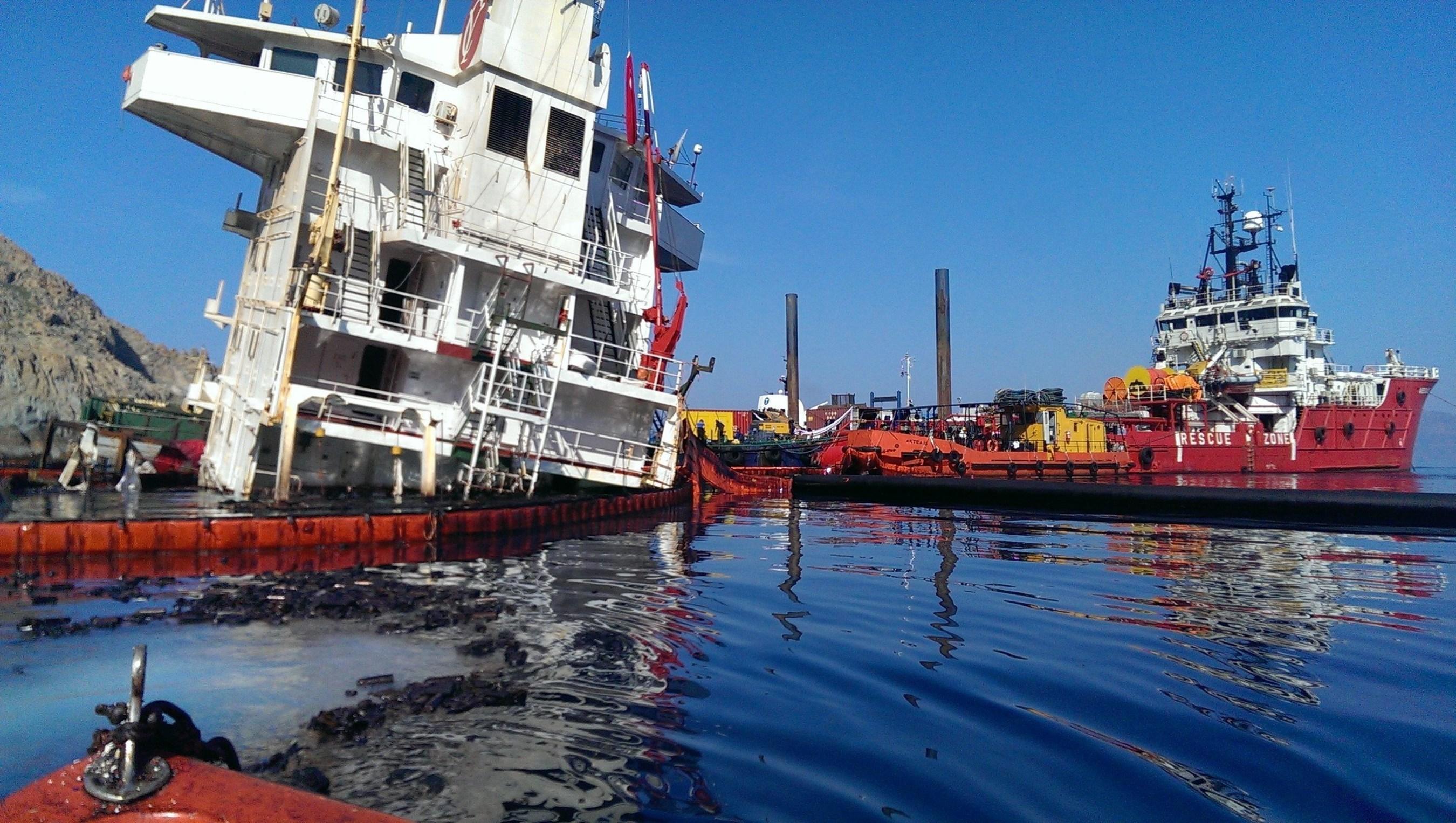Sea Diamond incident, oil spill response operations, Santorini, Greece (PRNewsFoto/Lamor Corporation)