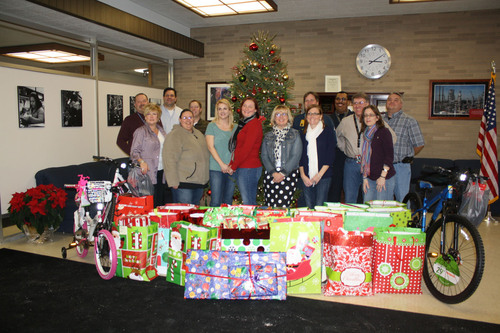 CITGO Lemont Refinery employees made the holidays brighter for local families in the Village of ...