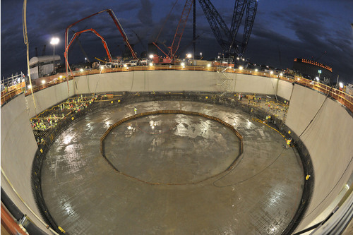 Georgia Power today successfully placed the basemat structural concrete for the nuclear island at the Vogtle Unit 4 nuclear expansion site near Waynesboro, Ga. The basemat concrete placement was completed in just under 41 hours and encompassed approximately 7,000 cubic yards of concrete, which will serve as the foundation for all of the nuclear island structures.  (PRNewsFoto/Georgia Power Co.)