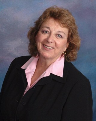Sedgwick SVP Denise Fleury receives 2014 DMEC Partnership Award (PRNewsFoto/Sedgwick)