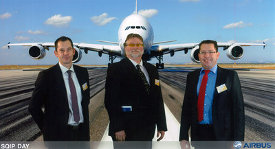 "Chemetall has been awarded the highest supplier honor in the Airbus ""Materials & Parts SQIP"" program. From left to right: Hendrik Becker, Global Segment Manager Aerospace; Ronald Hendriks, Quality Manager EMEA, Airbus SQIP Coordinator; Christoph Hantschel, Global Product Manager Aircraft Sealants. (c) Airbus S.A.S,  Mit freundlicher Genehmigung von Airbus"