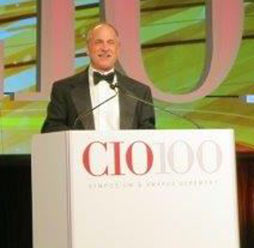 Michael Rosenberg, CEO of Health Decisions Inc., receives CIO 100 award from CIO Magazine on Aug. 13, 2013.  (PRNewsFoto/Health Decisions)