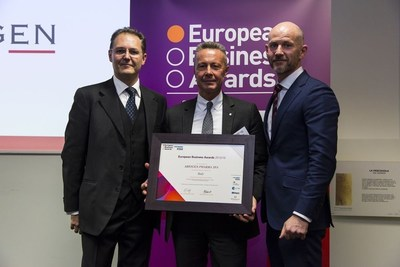 Mr. Massimo Di Martino, President & CEO of Abiogen Pharma, receiving the EBA National Champion Award last Friday at Borsa Italiana (Italian Stock Exchange) in Milan. (PRNewsFoto/Abiogen Pharma)
