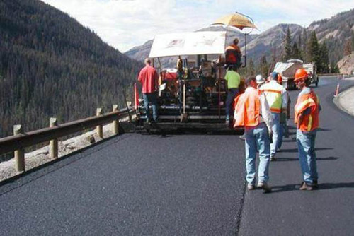 Warm-Mix Asphalt Project in CO.  (PRNewsFoto/Asphalt Pavement Alliance)