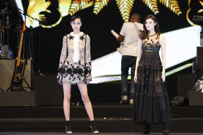 Chinese supermodels He Sui & Emma Pei in Giambattista Valli, Shanghai, 14th Oct 2016, First Fashion Rocks in Asia presented by APAX LIVE