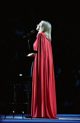 "Barbra Streisand's ""Back To Brooklyn"" Concert To Debut November 25 As Columbia Records CD/DVD Package.  (PRNewsFoto/Columbia Records, Russell James, Copyright Barwood)"