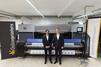 Large format printing at Onlineprinters Description: The executive team of the printing experts: company founder and manager (COO) Walter Meyer (left) and manager (CEO) Dr Michael Fries of Onlineprinters GmbH. (PRNewsFoto/Onlineprinters GmbH)