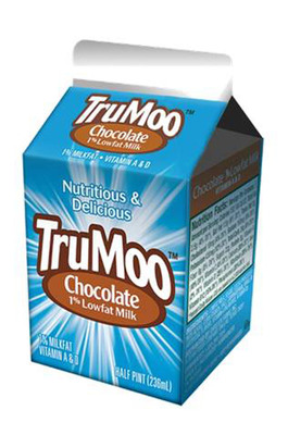 TruMoo(R) Delivers Nutritious Milk Solutions for School Cafeterias. Nation's Leading Dairy Provider Launches New, Consumer-Preferred Chocolate Milk with Fewer Calories, Less Sugar, No High Fructose Corn Syrup.  (PRNewsFoto/Dean Foods)