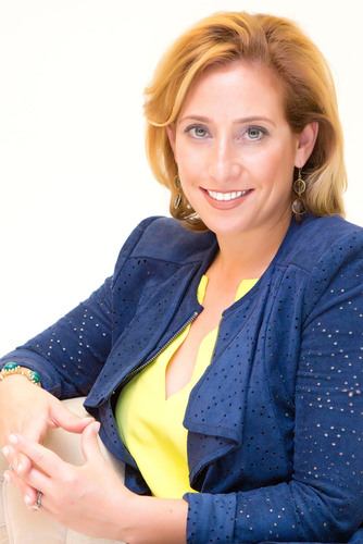 Abbyson Living Names Dana Andrew to its Board of Directors.  (PRNewsFoto/Abbyson Living)
