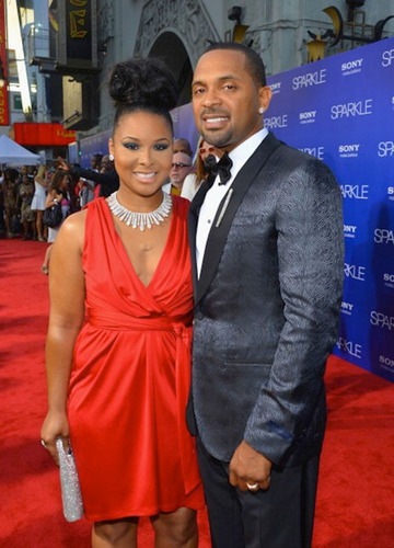 Mechelle Epps Shines at Sparkle Red Carpet Premiere of Husband Mike Epps Film & Launches Her Fall