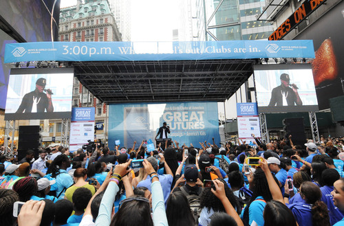 Ne-Yo performs during Boys & Girls Clubs of America's launch of the Great Futures Campaign to call ...