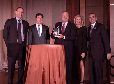 Keep America Beautiful honored Honeywell and its Chairman and CEO David M. Cote with the 2016 Vision for America Award for its corporate commitment to sustainability. (Pictured from left to right) Vision for America Award Dinner Co-Chairs Kenneth M. Jacobs, Chairman and CEO, Lazard, and Blair Effron, Co-Founder and Partner, Centerview Partners; David M. Cote, Chairman and CEO, Honeywell; Jennifer Jehn, President and CEO, Keep America Beautiful; and Howard Ungerleider, Vice Chairman and CFO of The Dow Chemical Company and Keep America Beautiful Board of Directors Chairman. (Photo by Kate Eisemann, Kate Eisemann Photography)