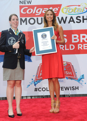 Colgate(R) breaks a GUINNESS WORLD RECORDS(R) record in NYC on June 25, 2013.  (PRNewsFoto/Colgate-Palmolive)
