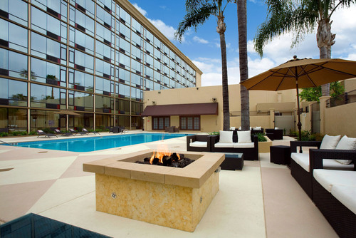 Red Lion Hotel Anaheim Offers 'Cars' Rate; Earns Second TripAdvisor® Certificate of Excellence