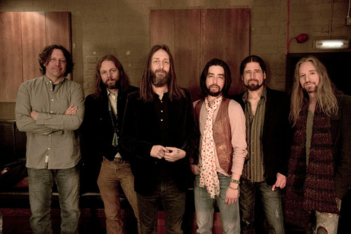 Table Mountain Casino presents THE BLACK CROWES Photo Credit:  Ross Halfin.  (PRNewsFoto/Table Mountain Casino)
