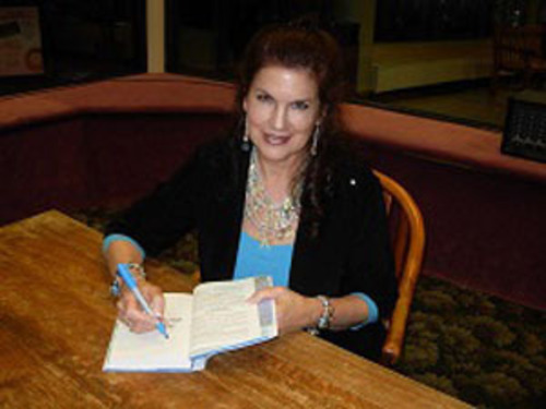 Author Mara Purl.  (PRNewsFoto/Mara Purl)