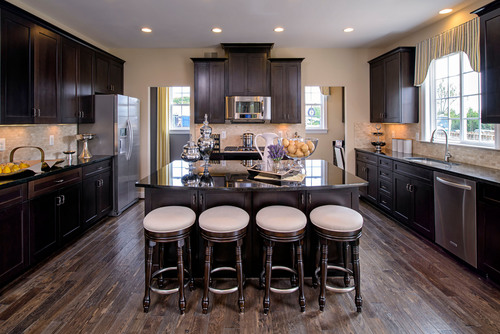 The sought-after Carey kitchen is now available at Summit Oaks in Lorton, Virginia.  (PRNewsFoto/Stanley Martin Homes)