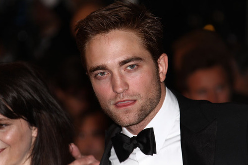 While the angsty Edward Cullen will always be some Twihards' favorite sparkly alpha male, Landon has some seriously hot controlling tendencies. (PRNewsFoto/Meredith Wild) (PRNewsFoto/MEREDITH WILD)