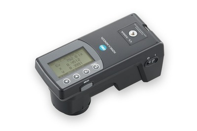 CL-500A Illuminance Spectrophotometer - Portable solution for measuring light source color and illuminance