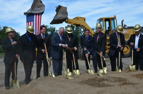 Groundbreaking in Bridgeport for BOOT CAMP FARMS unites Senator Blumenthal, Congressman Himes, Mayor Finch, US EPA and Founder Antonio St. Lorenzo and COO Sean Richardson to erect largest urban agriculture center in the State of Connecticut.  (PRNewsFoto/BOOT CAMP FARMS)