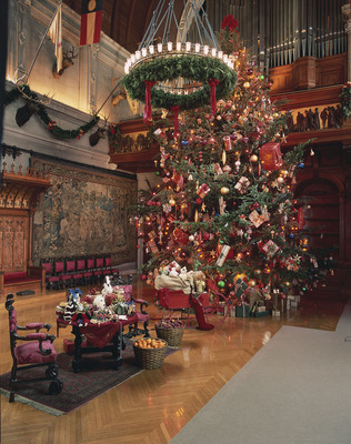 Immerse Yourself in Christmas Tradition at Biltmore