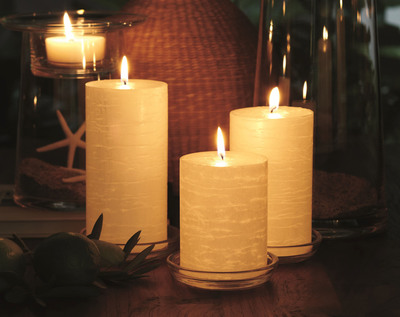 GloLite by PartyLite pillar candles (PRNewsFoto/Blyth, Inc.)
