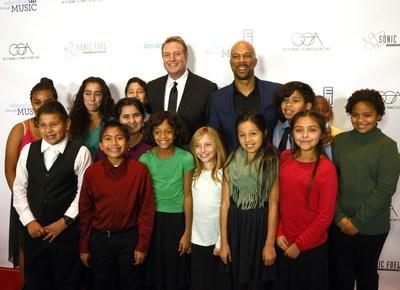 ETM-LA 2015 Shining Star Randy Spendlove and Academy Award-Winning Common Pose with Students from Education Through Music-LA Partner Schools (Photo Credit: Adam Southard)
