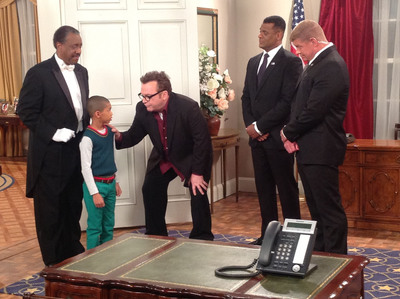 Tom Arnold guest stars as Vice President Arthur Crandall on the sitcom THE FIRST FAMILY, premiering on BET's CENTRIC on April 19, 8p/7c.  (PRNewsFoto/Entertainment Studios, Inc.)