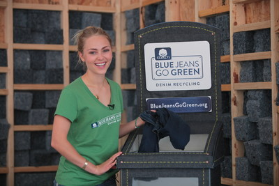 AnnaSophia Robb supports Blue Jeans Go Green(TM) & helps rebuild New Orleans