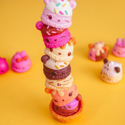 Num Noms, the food-themed, scented, super-cute collectibles you can mix, match and stack are finalists for the 2017 Toy of the Year Awards in the Collectible of the Year category.