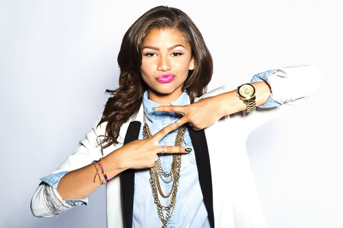 Disney Channel Shake It Up Star Zendaya Coleman To Visit