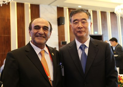 AmCham South China President Harley Seyedin with Vice Premier Wang Yang