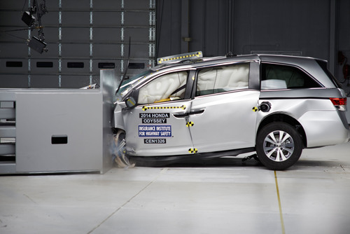 2014 Honda Odyssey is First Minivan to Earn 2013 TOP SAFETY PICK Rating; Highest Overall Safety Rating from ...